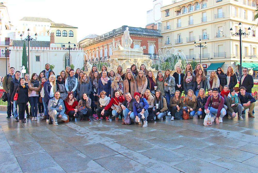 Cursos presenciales de español en Sevilla