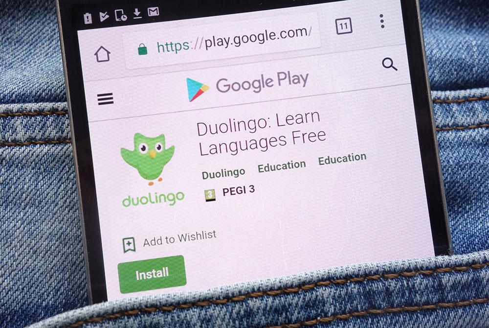 ¿Puedo aprender español gratis en Internet?. La respuesta es no, aprende español en serio en Maus School.
